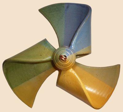 Windmühle hängend dreifarbig blau/ dottergelb/ grün