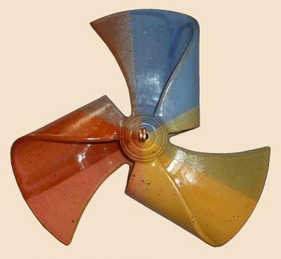 Windmühle hängend dreifarbig blau/ dottergelb/ terrakotta